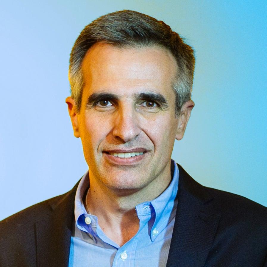Gustavo J. Vulcano