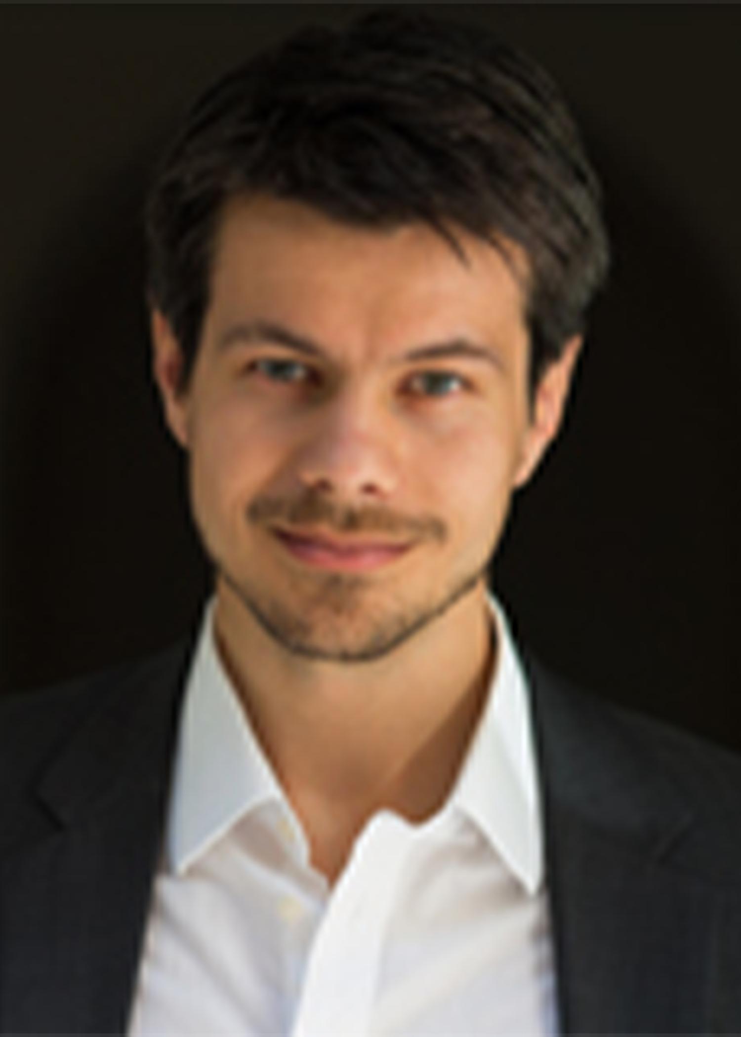 Markus Kalina Headshot