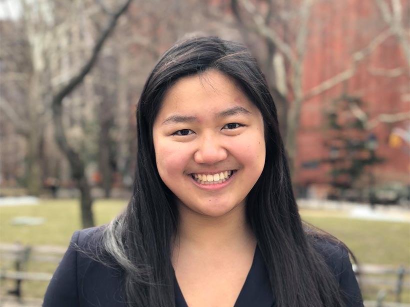 Melissa Zhang Headshot