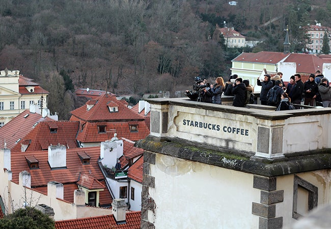 Tourists on the roof of Starbucks