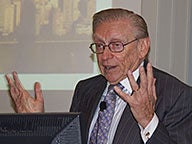 Real Estate Luminary Larry Silverstein Shares Secrets of Success with MBA Studen