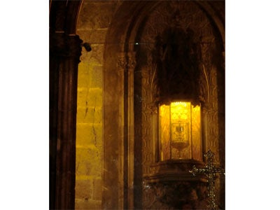Jessica-Yang_Cathedral-of-Holy-Grail-3