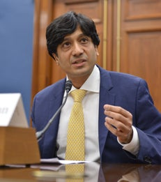 Professor Arun Sundararajan Testifies Before Congress on the Sharing Economy