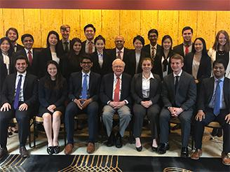 Honors Students with Warren Buffett