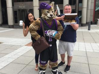 Bobcat and Sternies show off the prizes you could win!
