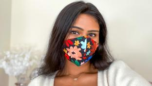 Ashi Agrawal (BS '21) wearing a madebyashi face mask